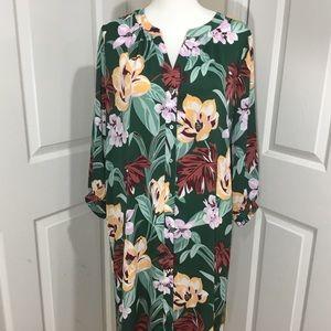 Ann Taylor Loft Green Floral Button Dress Size LT